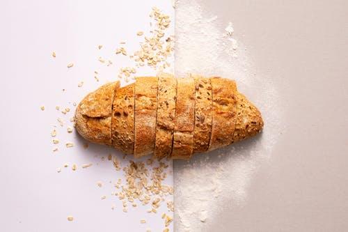 How to Clean a Bread Machine